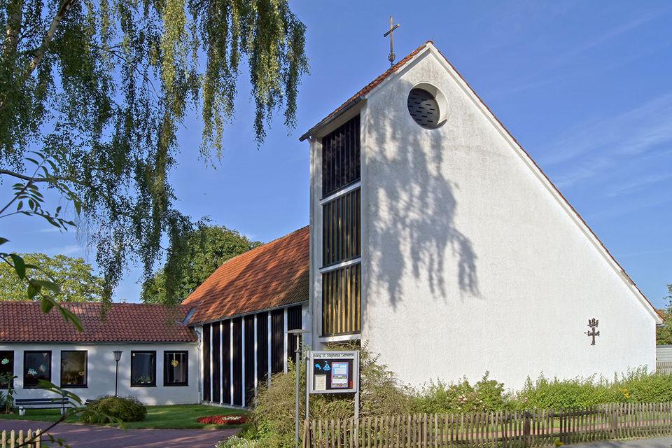 Außenansicht der St.-Stephanus-Kirche