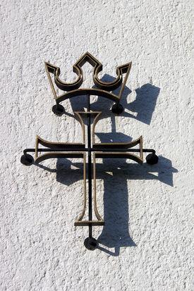 Signet an der Außenwand der St.-Stephanus-Kirche - Copyright: Manfred Maronde