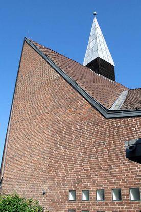 Seitenansicht der Dietrich-Bonhoeffer-Kapelle - Copyright: Ev.-Luth. Kirchenkreis Lübeck-Lauenburg